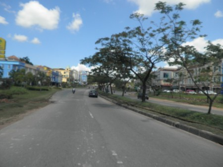 A wide road in Batam