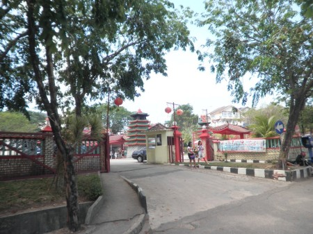 Entrance to Tua Pek Kong Temple